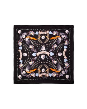 Clementina Kiss Me Scarf
